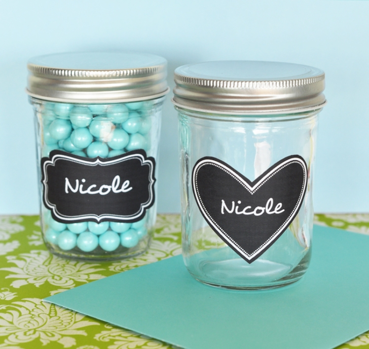 mini-mason-jars-with-vinyl-chalkboard-labels_KPEB2310CL